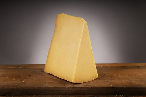 Quickes Mature Cheddar 12 Month Matured